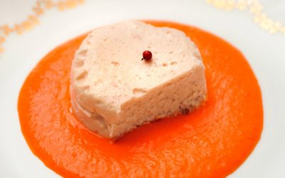 Mousse de rouget barbet au coulis de poivron rouge